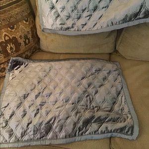 """2 pillow shams blue Royal Velvet new 19"""" x26"""" Pair"""